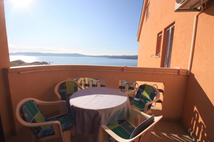 Crikvenica 6359 2-room-suite